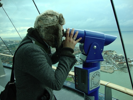 Locaties spotten aan de overkant van de haven vanuit de Spinnaker Tower, with The Hat